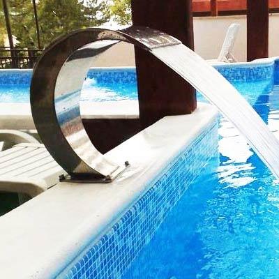 Cascade d 39 eau mini bali pour piscine for Piscine x eau