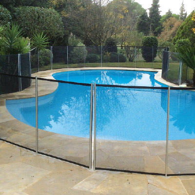 Barri re piscine beethoven souple d montable vite les for Barriere amovible pour piscine