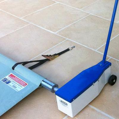Enrouleur motoris pour b ches de s curit barres rolling up for Enrouleur bache piscine rolltrot