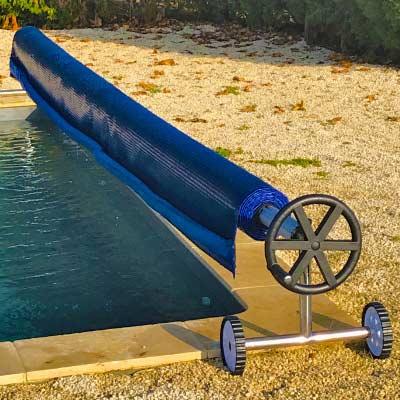 Enrouleur t lescopique ipika b che de piscine avec volant for Enrouleur bache piscine rolltrot