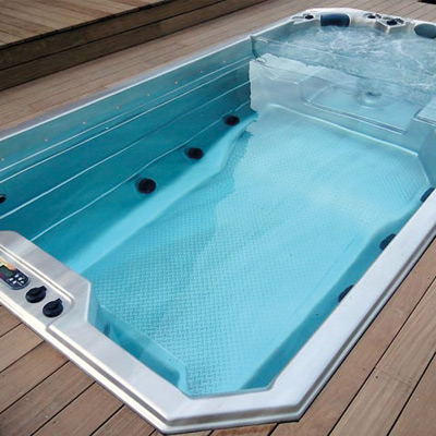 Spa de nage sunbelt qx4 for Prix piscine spa
