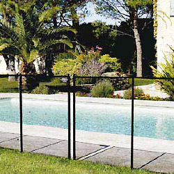 Norme nf p90 306 sur les barri res et cl tures de piscine for Barriere piscine plexiglass
