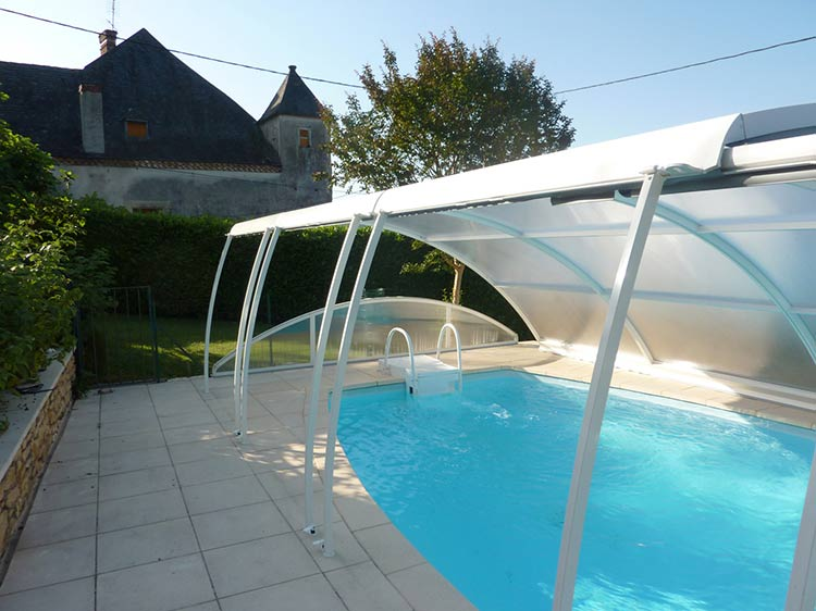 Lift Up piscine ouverte