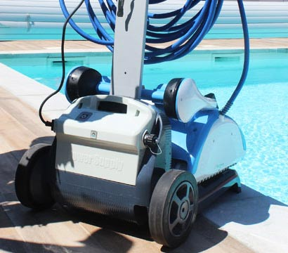 Le robot électrique Dolphin Nauty TC de Maytronics, Caddy de transport