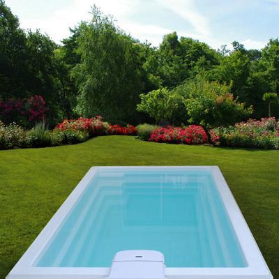 Coques polyester piscine prix discount for Piscine coque acrylique