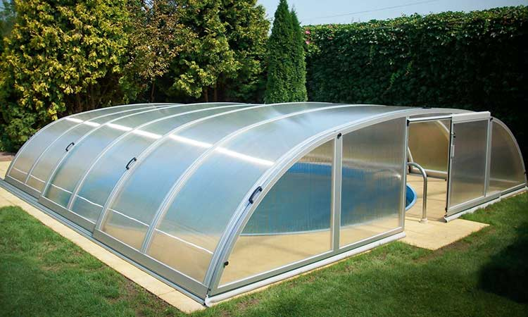 Abri de piscine structure aluminium constellation