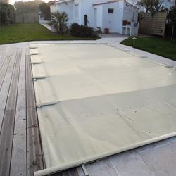 b ches barres et couvertures de s curit piscine norme nf p 90 308. Black Bedroom Furniture Sets. Home Design Ideas