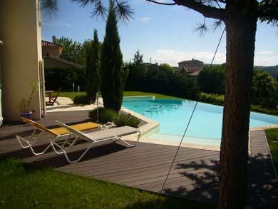 plage piscine en bois composite woodycom. Black Bedroom Furniture Sets. Home Design Ideas