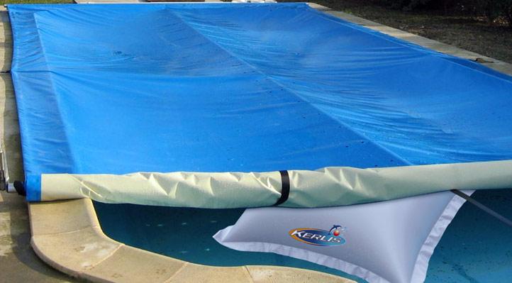 Mat riel et accessoires d 39 hivernage piscine for Coussin exterieur pour piscine