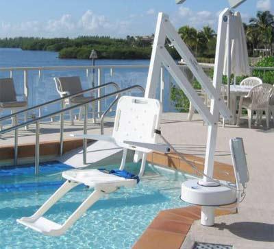 si ge l vateur splash lift acc s piscine aux handicap s. Black Bedroom Furniture Sets. Home Design Ideas