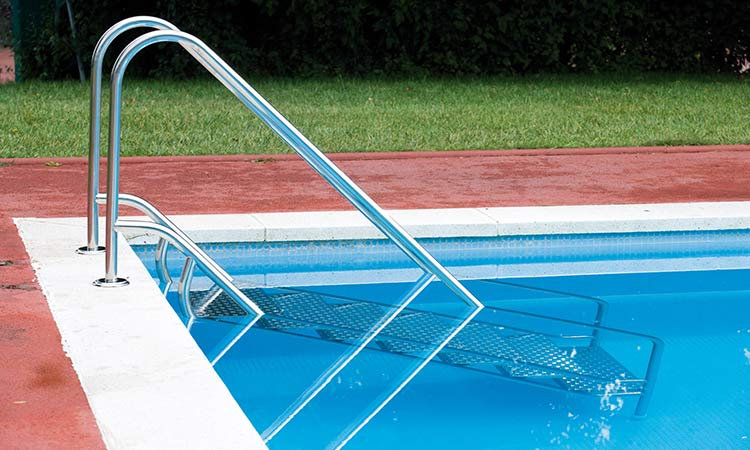 Echelle escalier inox easy access avec double main courante - Escalier inox pour piscine ...