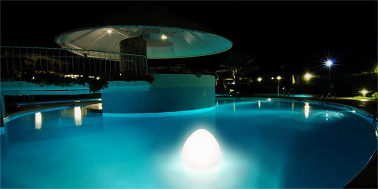 Lampe sans fil flottante rock - Eclairage piscine sans fil ...