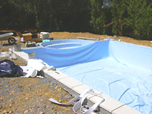 Installation et pose du liner d 39 tanch it for Joint liner piscine