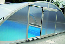 Abri bas t lescopique fr gate pour piscine for Abri de piscine online