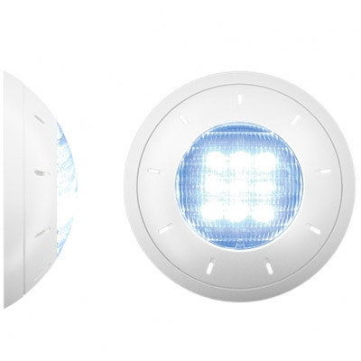 Eclairage led pour piscine puissant conome en nergie for Projecteur piscine bois