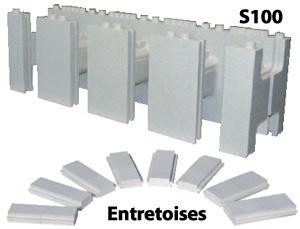 Bloc S100 et ses entretoises servant à créer avec des parois courbées