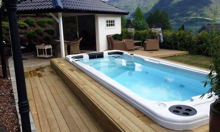 Spa de nage swimspa virago - Spa de nage encastrable ...