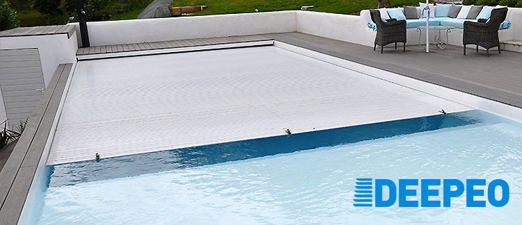 Volet Roulant Immerge Deepeo Pour Une Piscine Securisee Toute L Annee