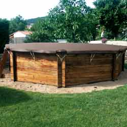 Baches d 39 hiver filtrantes pour piscine for Piscine hors sol destockage